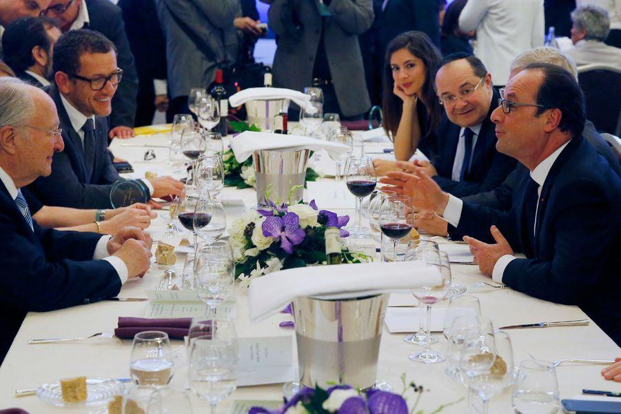 Dany Boon et sa femme Yaël étaient à la table de François Hollande au 30ème dîner du Crif à Paris, le 23 février 2015