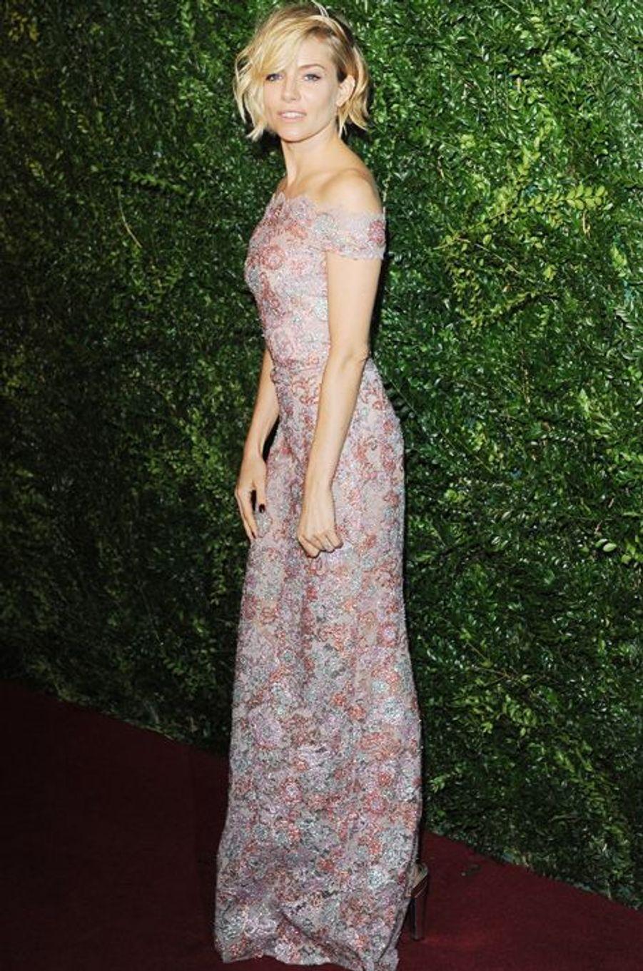 Sienna Miller à Londres le 30 novembre 2014