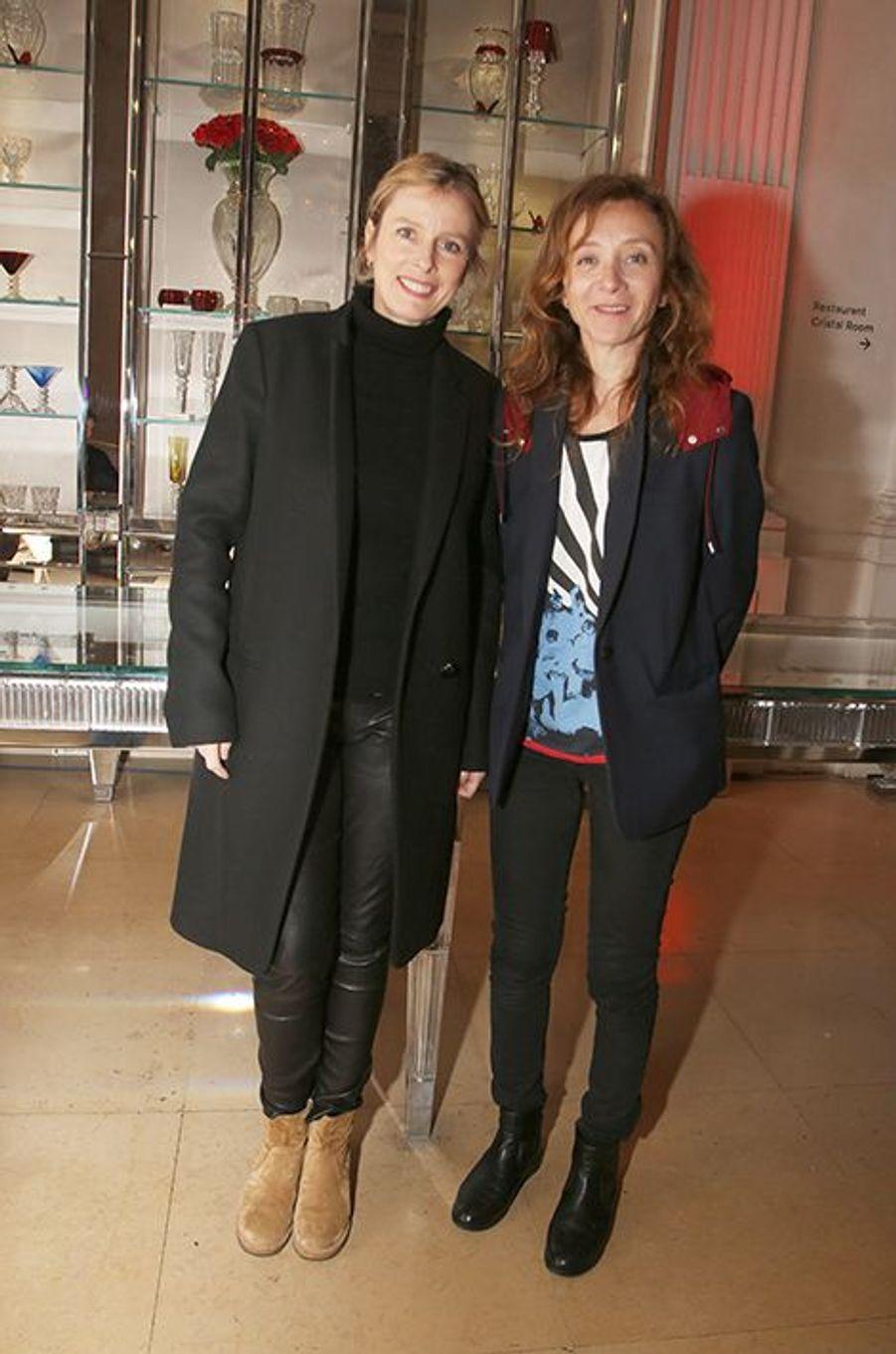 Karin Viard et Sylvie Testud à Paris le 22 janvier 2016