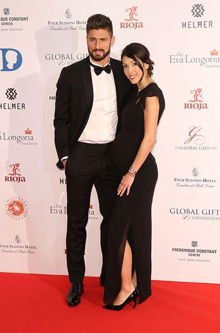 Olivier Giroud et son épouse Jennifer à Londres le 30 novembre 2015