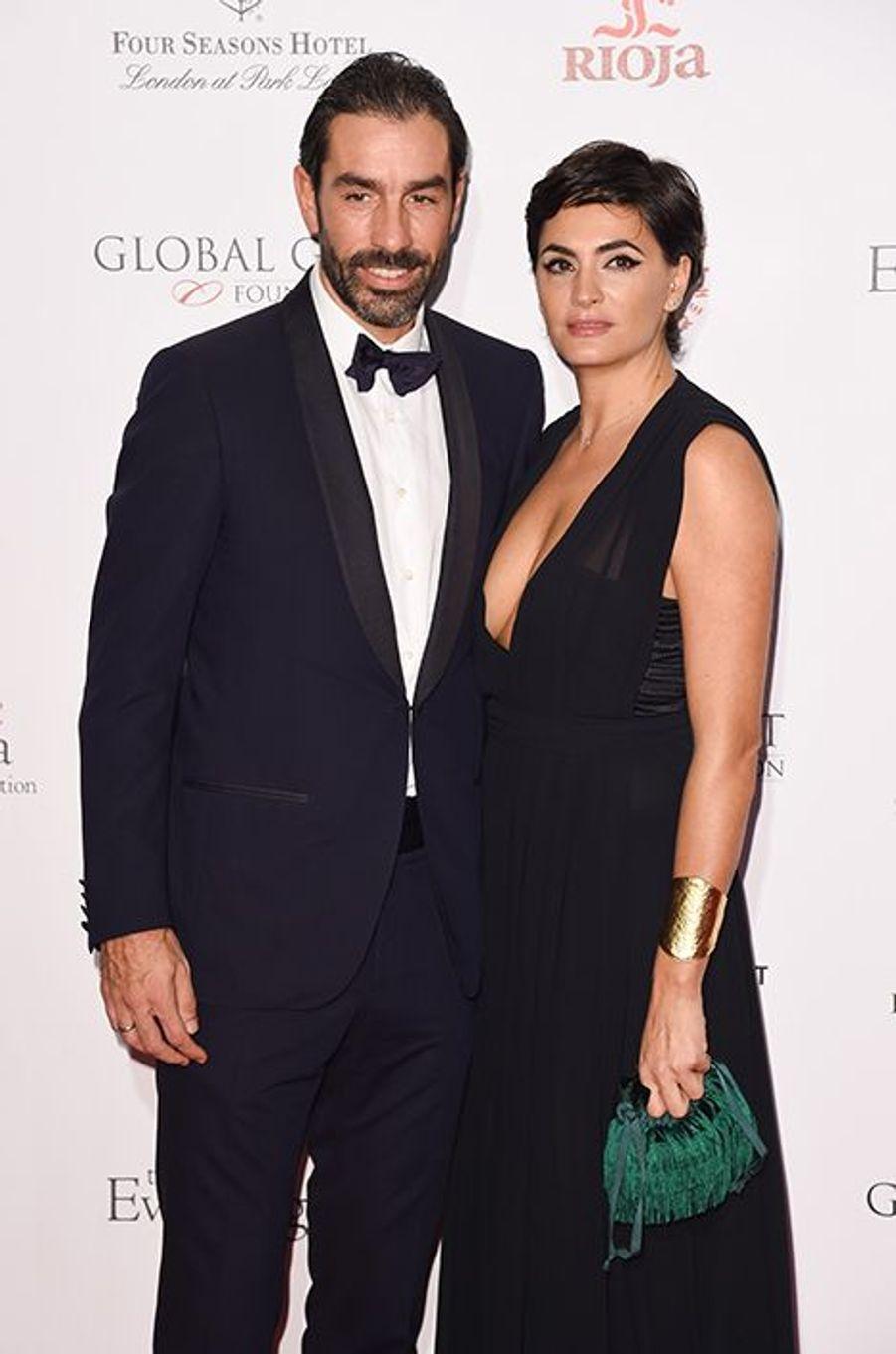 Robert Pirès et son épouse Jessica à Londres le 30 novembre 2015