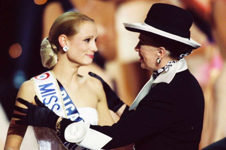 Elodie Gossuin Miss France 2001