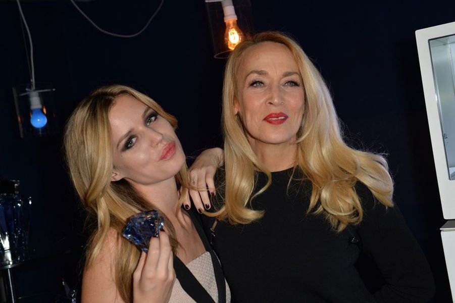 Georgia May Jagger et Jerry Hall à Paris le 30 janvier 2015