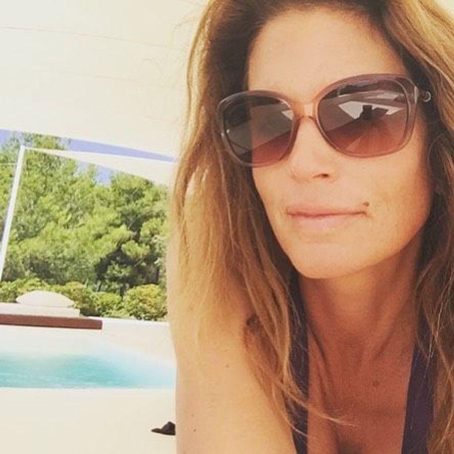 Le week-end dernier, Cindy Crawford et son mari sont allés à Ibiza avec George et Amal Clooney pour le lancement de leur nouvelle tequila.