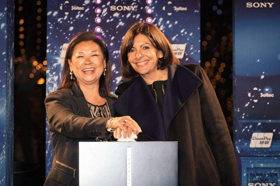 Jeanne d'Hauteserre et Anne Hidalgo à Paris le 20 novembre 2014