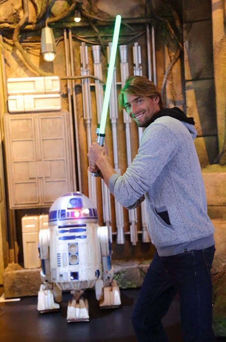 Camille Lacourt à Disneyland Paris pour la rentrée Star Wars