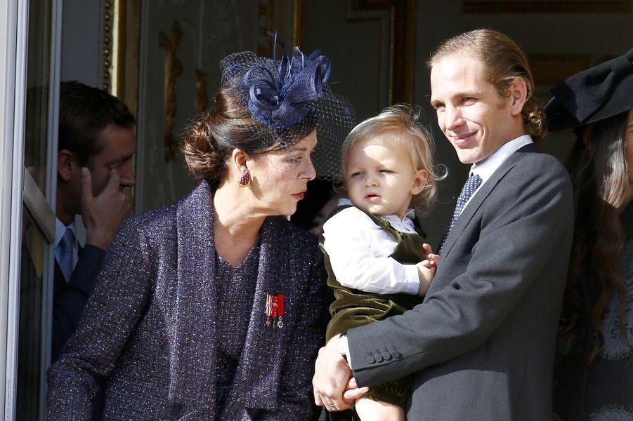 L'aînée de Grace Kelly est désormais l'heureuse grand-mère de Sacha (2 ans), fils d'Andrea Casiraghi, et de Raphaël (un an), fils de Charlotte Casiraghi et Gad Elmaleh.