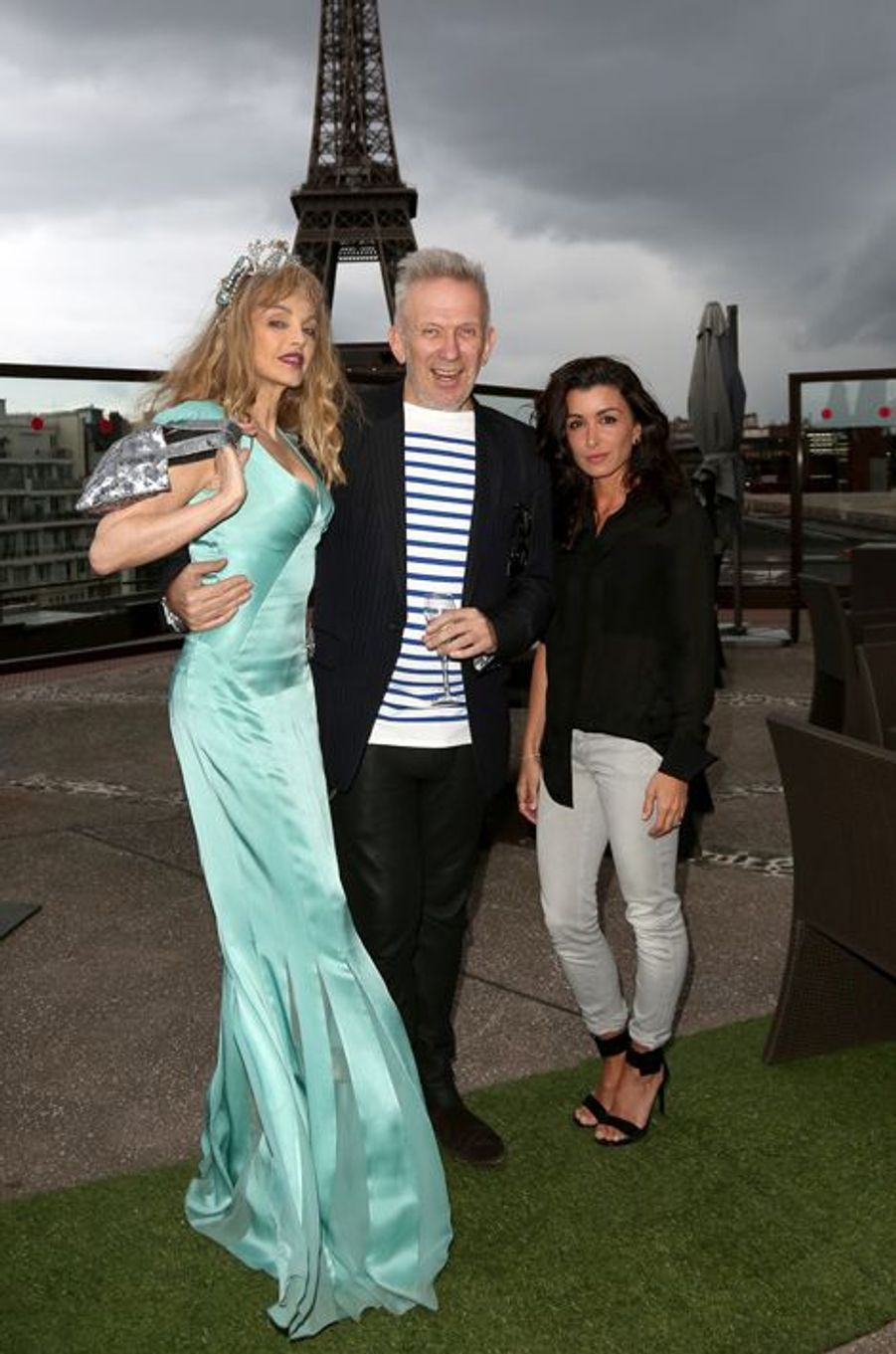 Arielle Dombasle, Jean-Paul Gaultier et Jenifer à Paris le 18 mai 2015
