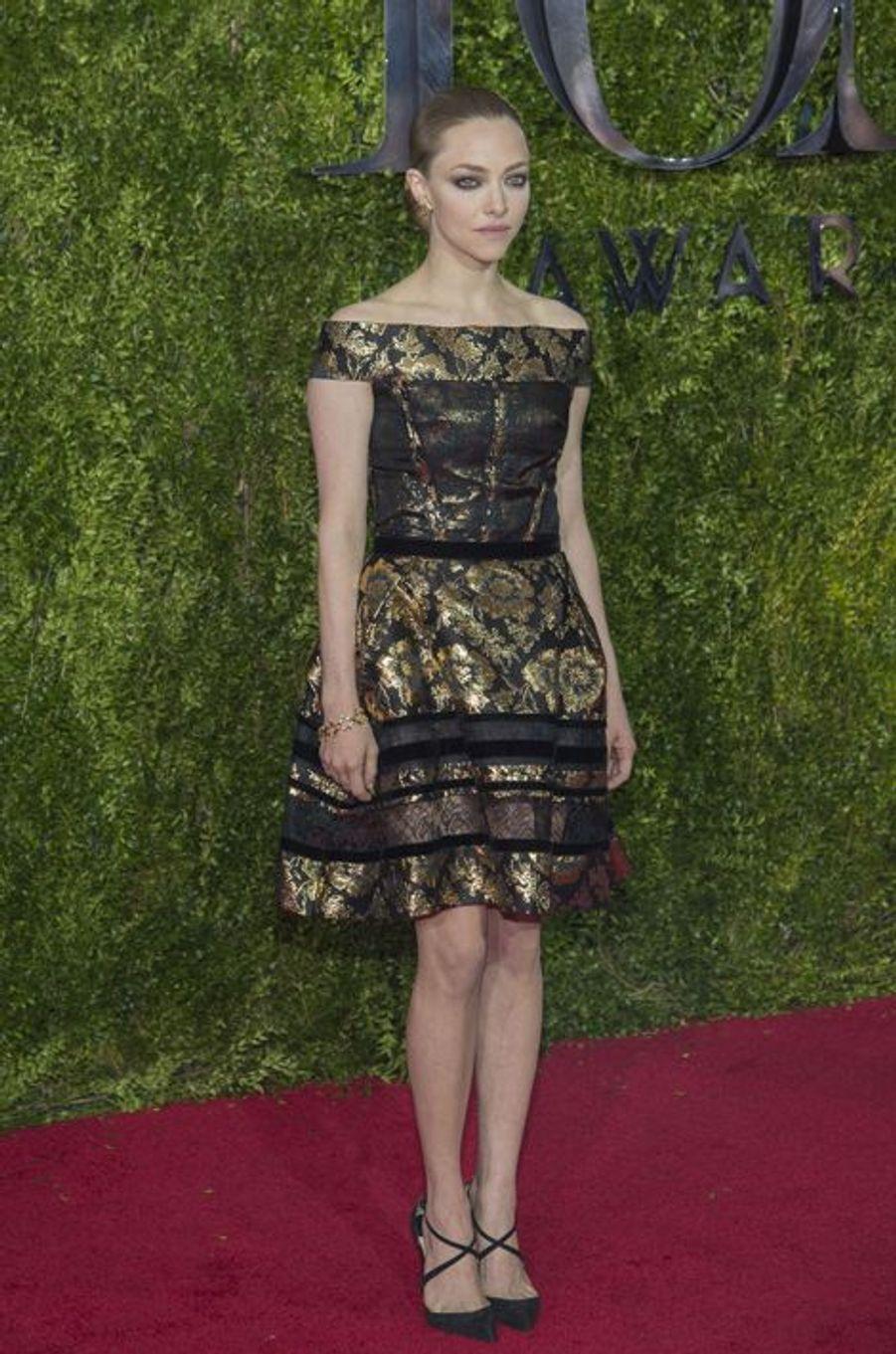 Amanda Seyfried dans une robe Oscar de la Renta