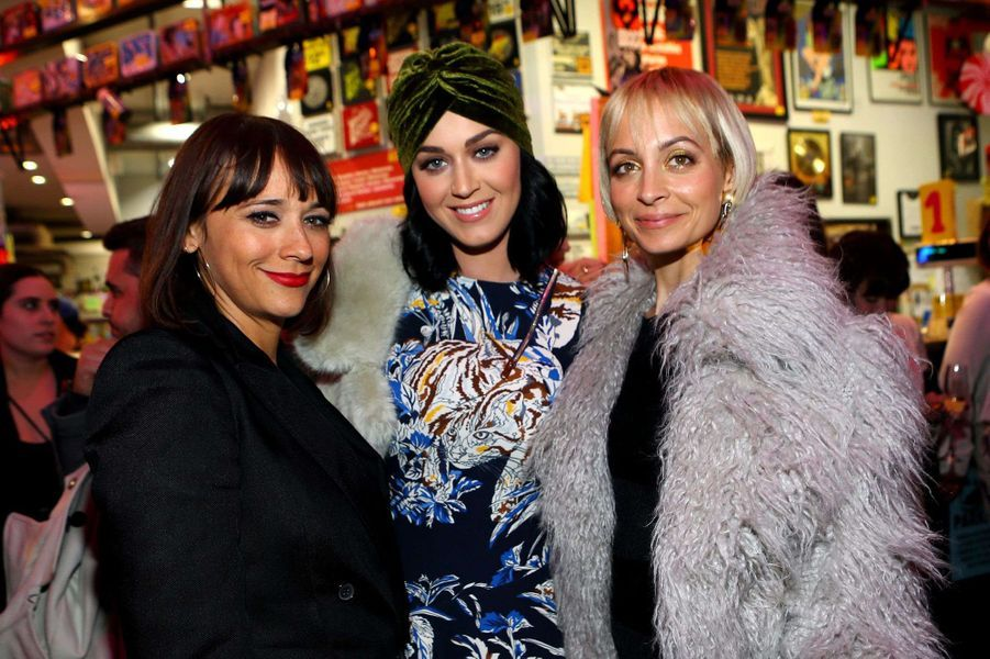 Rashida Jones, Katy Perry et Nicole Richie