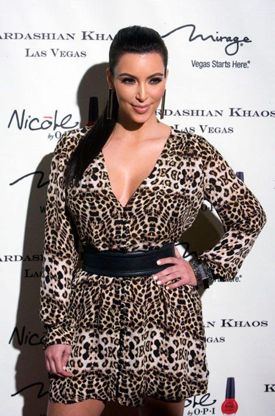 A l'ouverture de son magasin Kardashian Khao, à Las Vegas en 2011