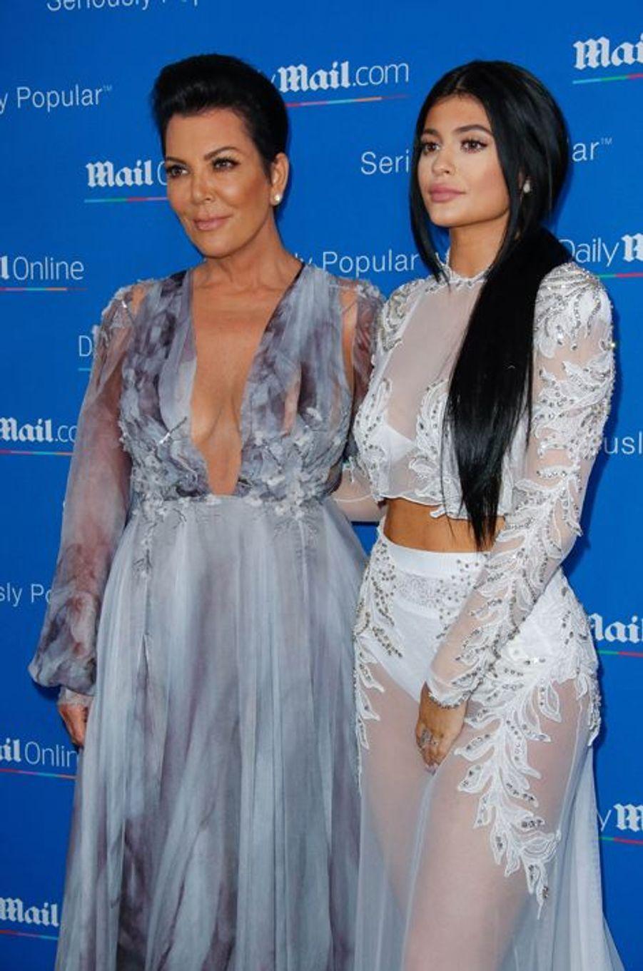 Kris et Kylie Jenner à Cannes le 24 juin 2015