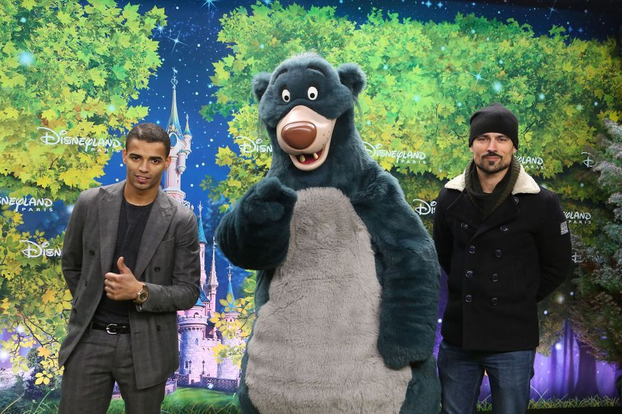 Brahim Zaibat et Damien Sargue à Disneyland Paris