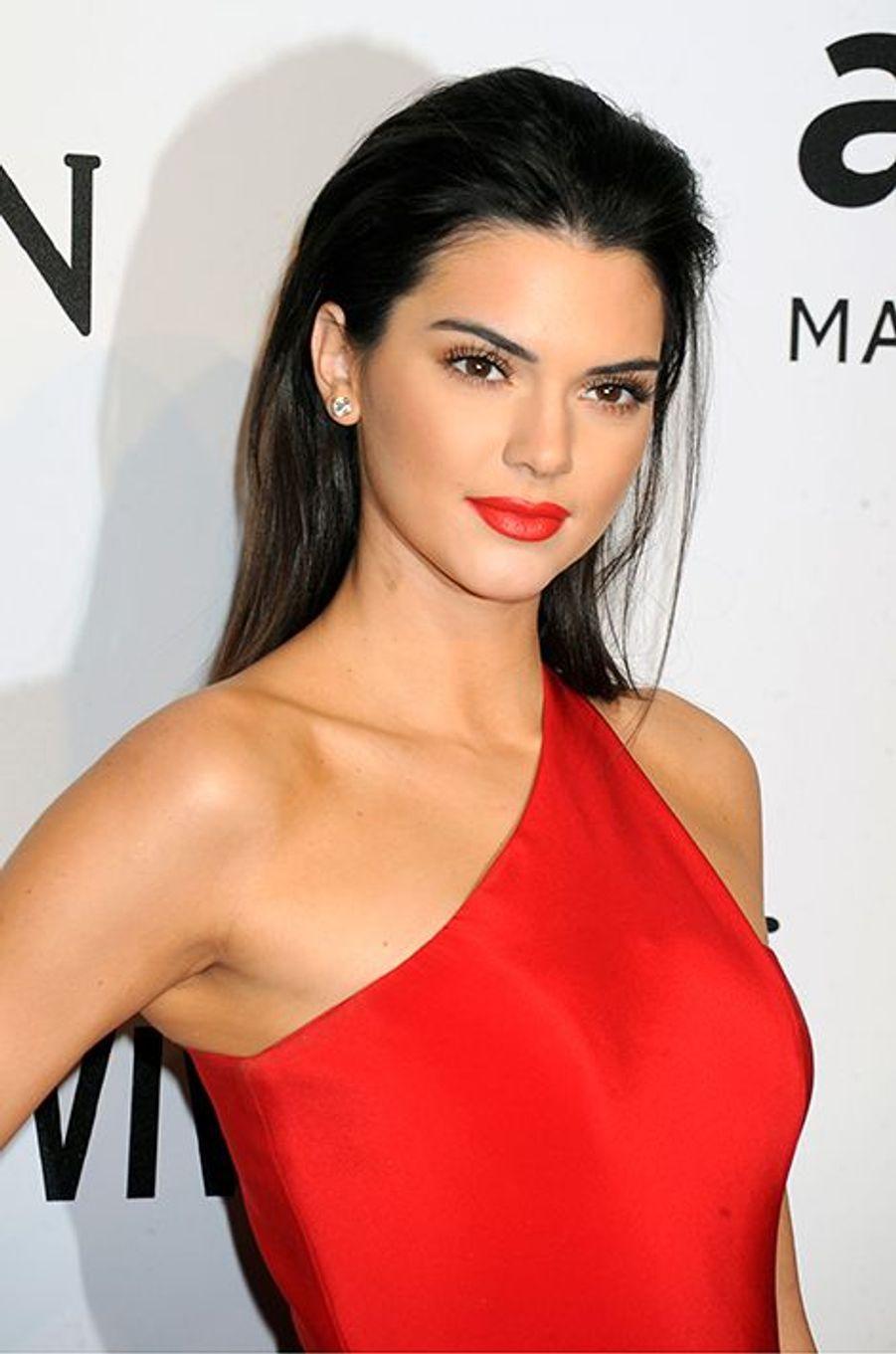 2 - Kendall Jenner, mannequin, 19 ans