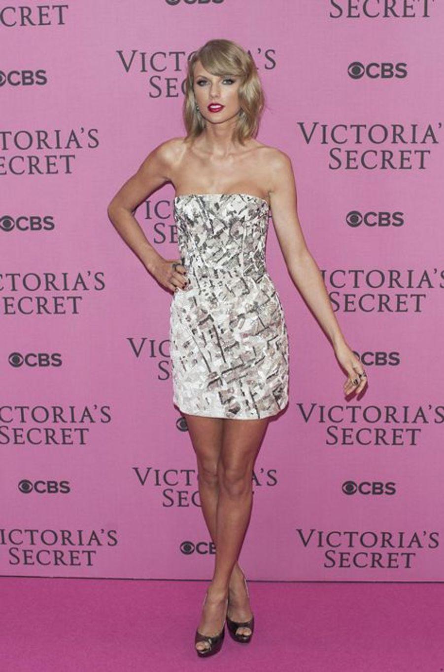 Taylor Swift à Londres le 2 décembre 2014