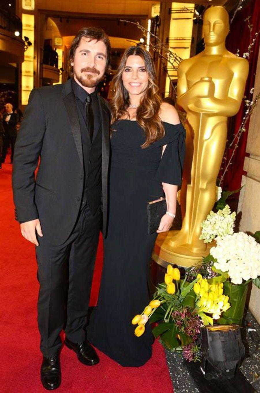 Christian Bale et sa femme Sibi Blazic (ici aux Oscars en mars dernier) ont accueilli un petit garçon, a confirmé ce mardi le porte-parole de l'acteur de 40 ans, sans préciser le jour de l'accouchement, ni même le prénom du bébé. Le couple, marié depuis 14 ans, est déjà parent d'une petite Emmeline, née le 27 mars 2005 à Santa Monica, en Californie.