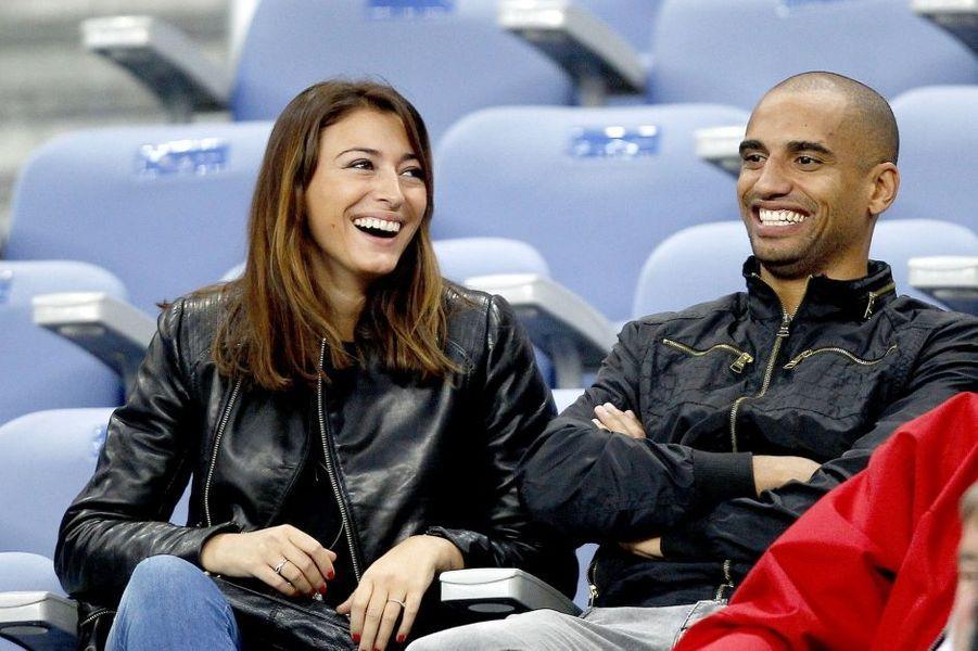 La belle a épousé le footballeur en juin dernier et a annoncé dans la foulée être enceinte de son premier enfant.