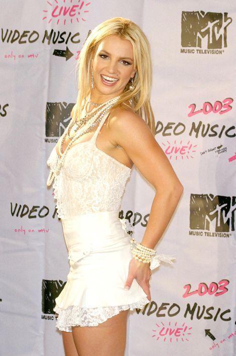 Le record du mariage le plus court est détenu par Britney Spears et son ami d'enfance Jason Alexander. Une union célébrée à Las Vegas le soir d...