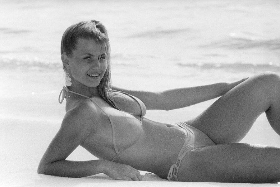 Élue Miss Côte d'Azur 1981, elle est la 52e Miss France.