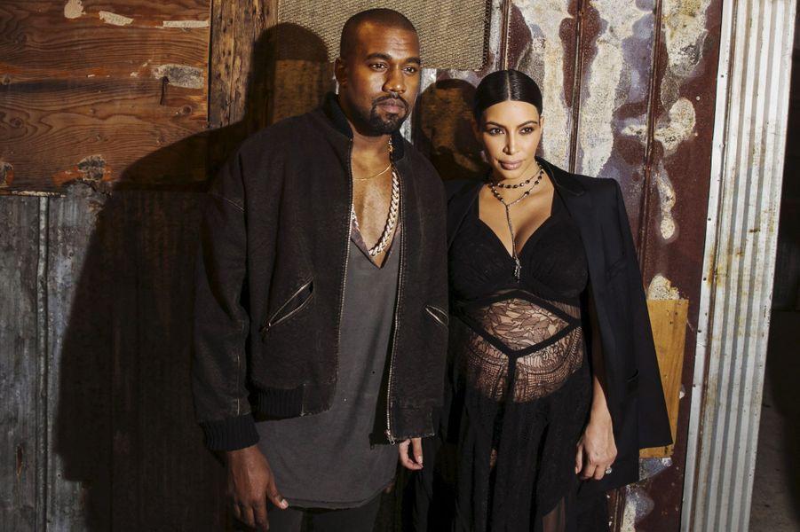 Kim Kardashian et Kanye West ont accueilli leur deuxième enfant, un petit garçon prénommé Saint, en décembre 2015.