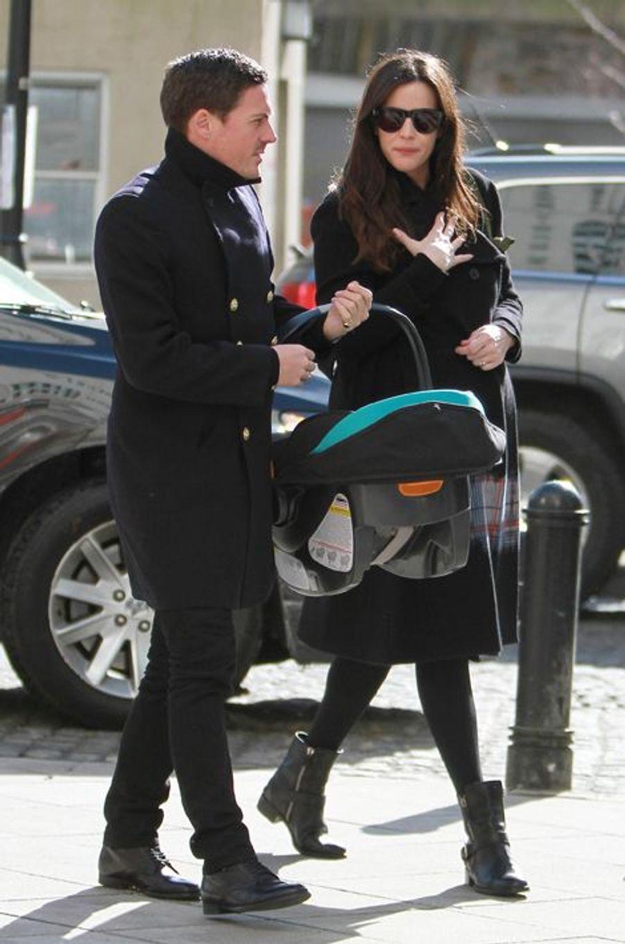 L'actrice Liv Tyler et son mari Dave Gardner ont accueilli un petit garçon prénommé Sailor en février 2015.