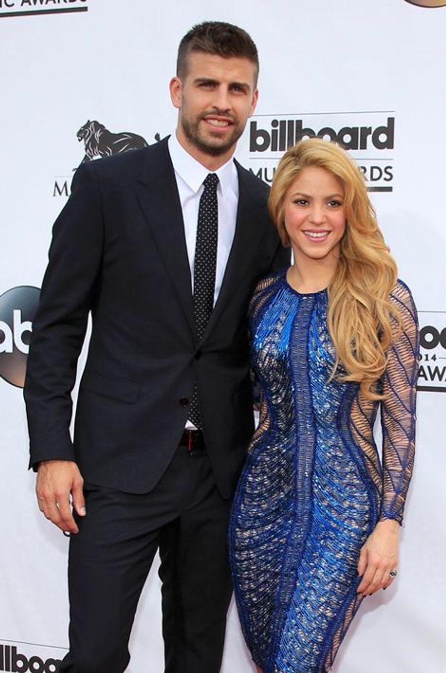La chanteuse Shakira et le sportif Gerard Pique ont accueilli leur deuxième enfant, un petit garçon prénommé Sasha, en janvier 2015.