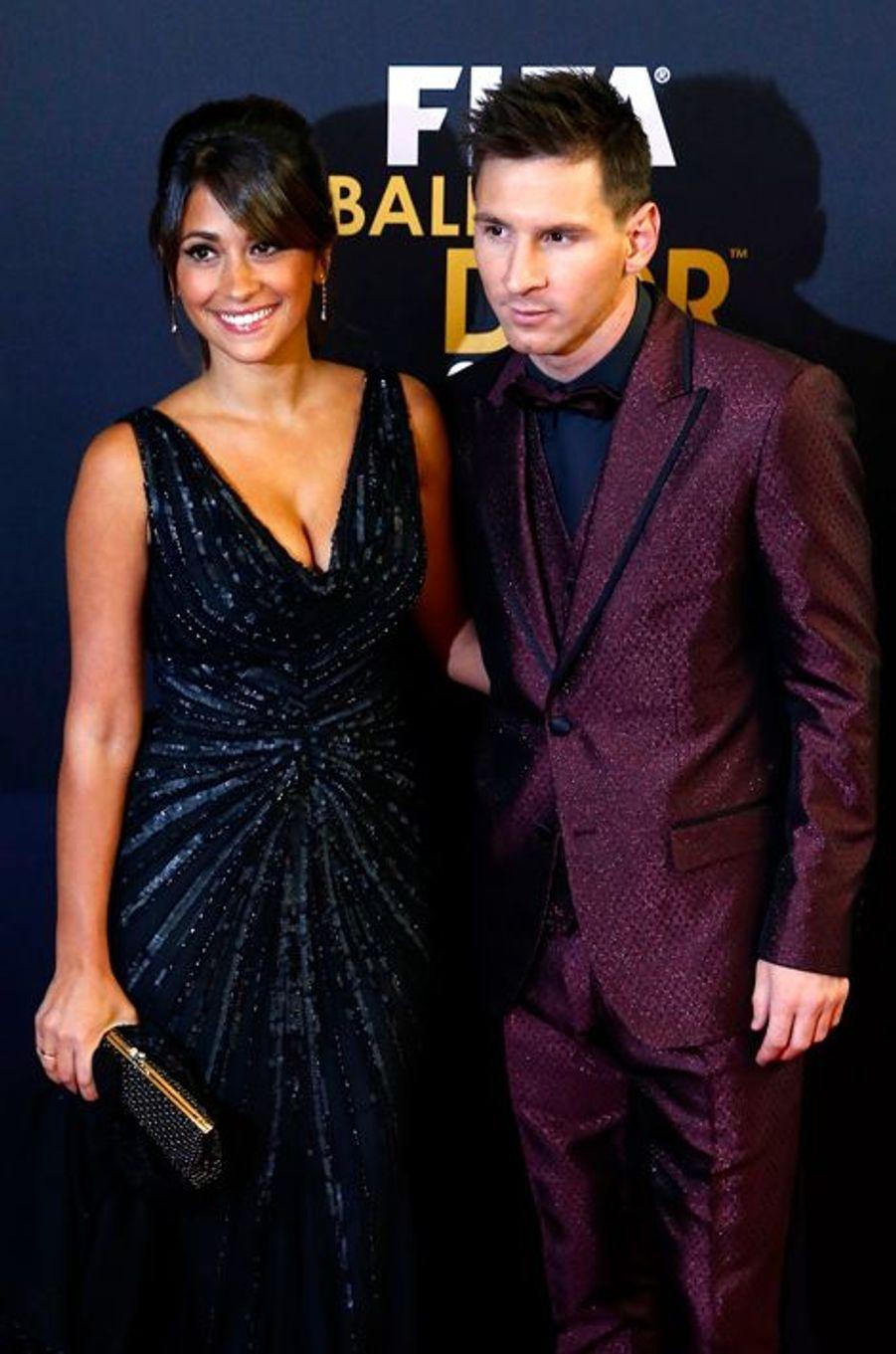 Le footballeur Lionel Messi et Antonella Roccuzzo ont accueilli ont accueilli leur deuxième enfant, un petit garçon prénommé Mateo, en septembre...