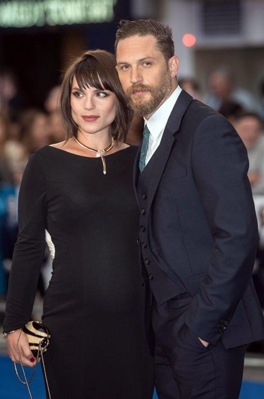 Les acteurs Tom Hardy et Charlotte Riley ont accueilli un petit garçon en octobre 2015.