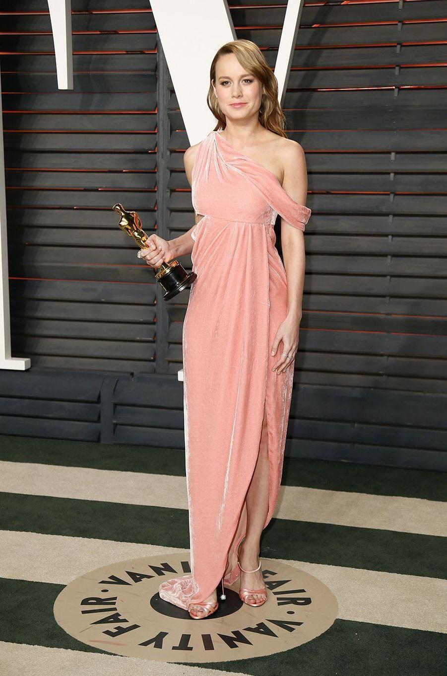 """Brie Larson à l'after-party du magazine """"Vanity Fair"""" le 28 février 2016 à Los Angeles"""