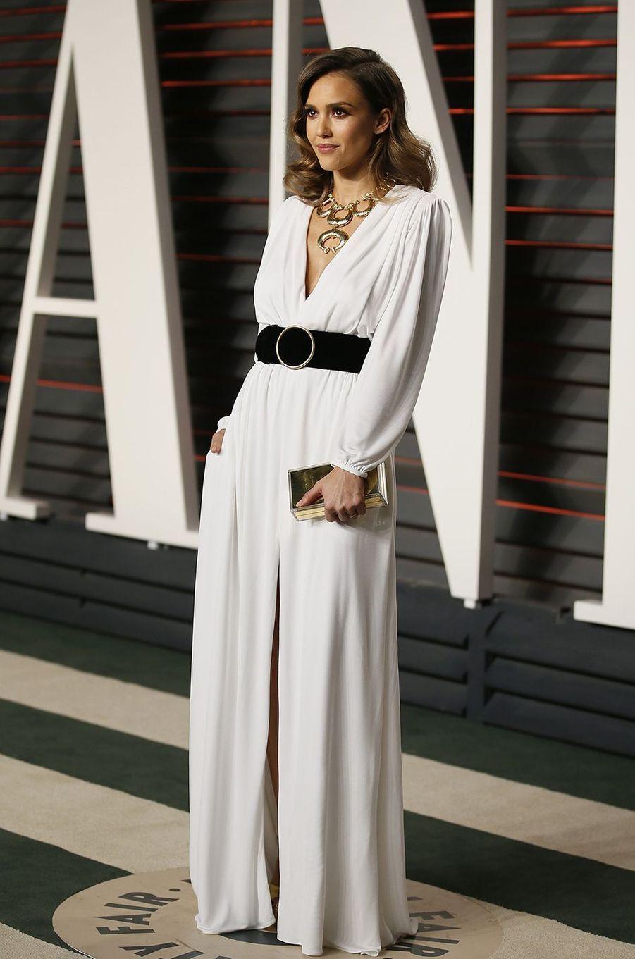 """Jessica Alba à l'after-party """"Vanity Fair"""" le 28 février 2016 à Los Angeles"""
