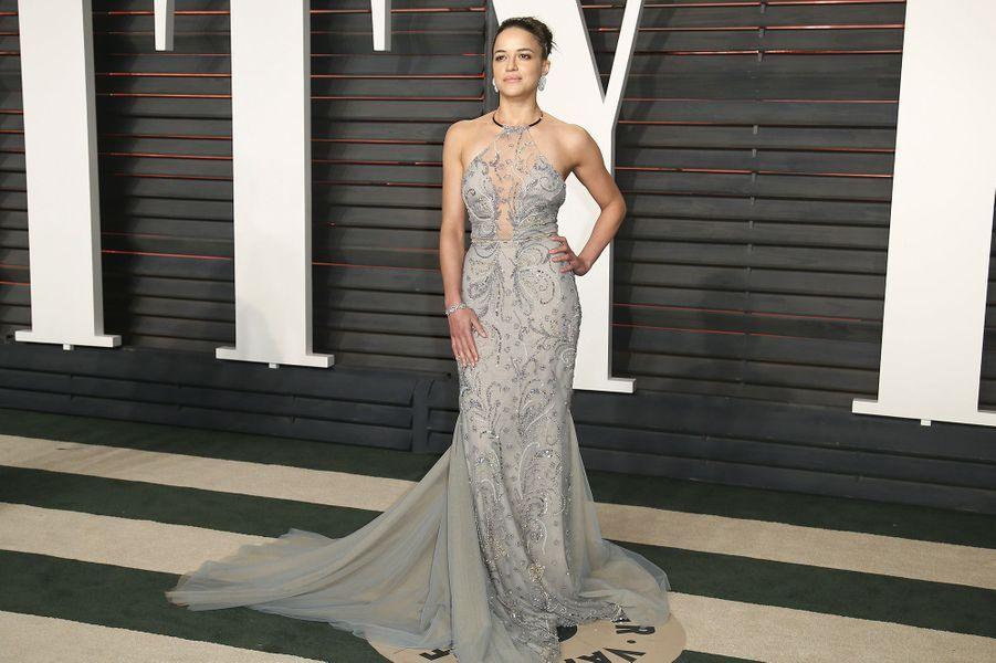 """Michelle Rodriguez à l'after-party du magazine """"Vanity Fair"""" le 28 février 2016 à Los Angeles"""