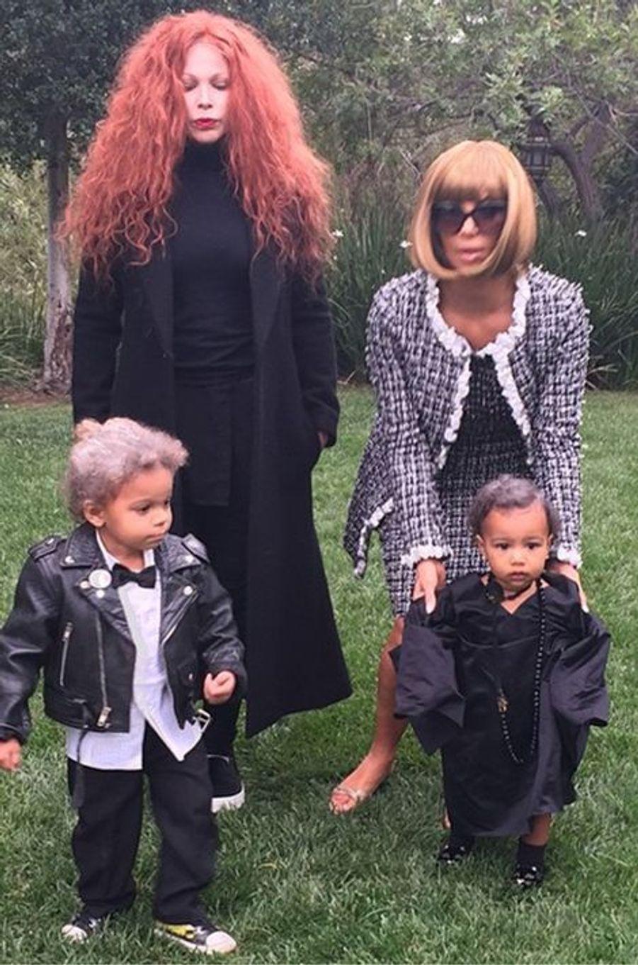 Kim Kardashian, déguisée en Anna Wintour