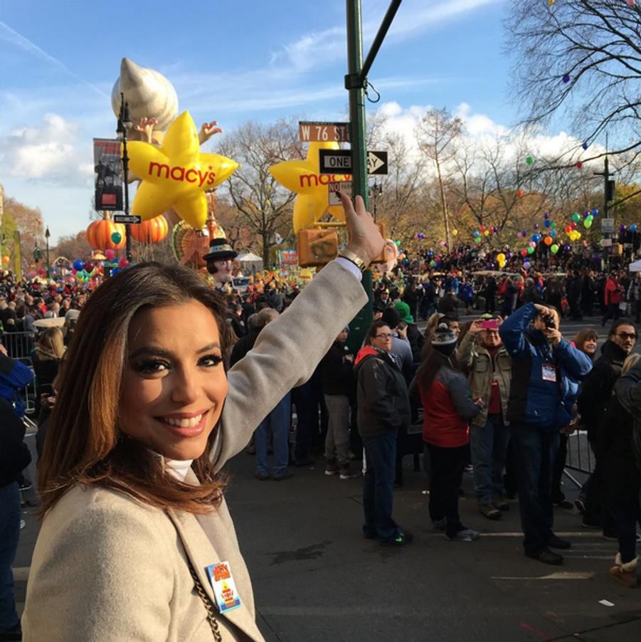 Eva Longoria a assisté au traditionnel défilé Macy's à New York