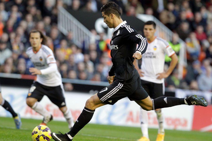 Cristiano Ronaldo et ses jambes aux 103 millions d'euros