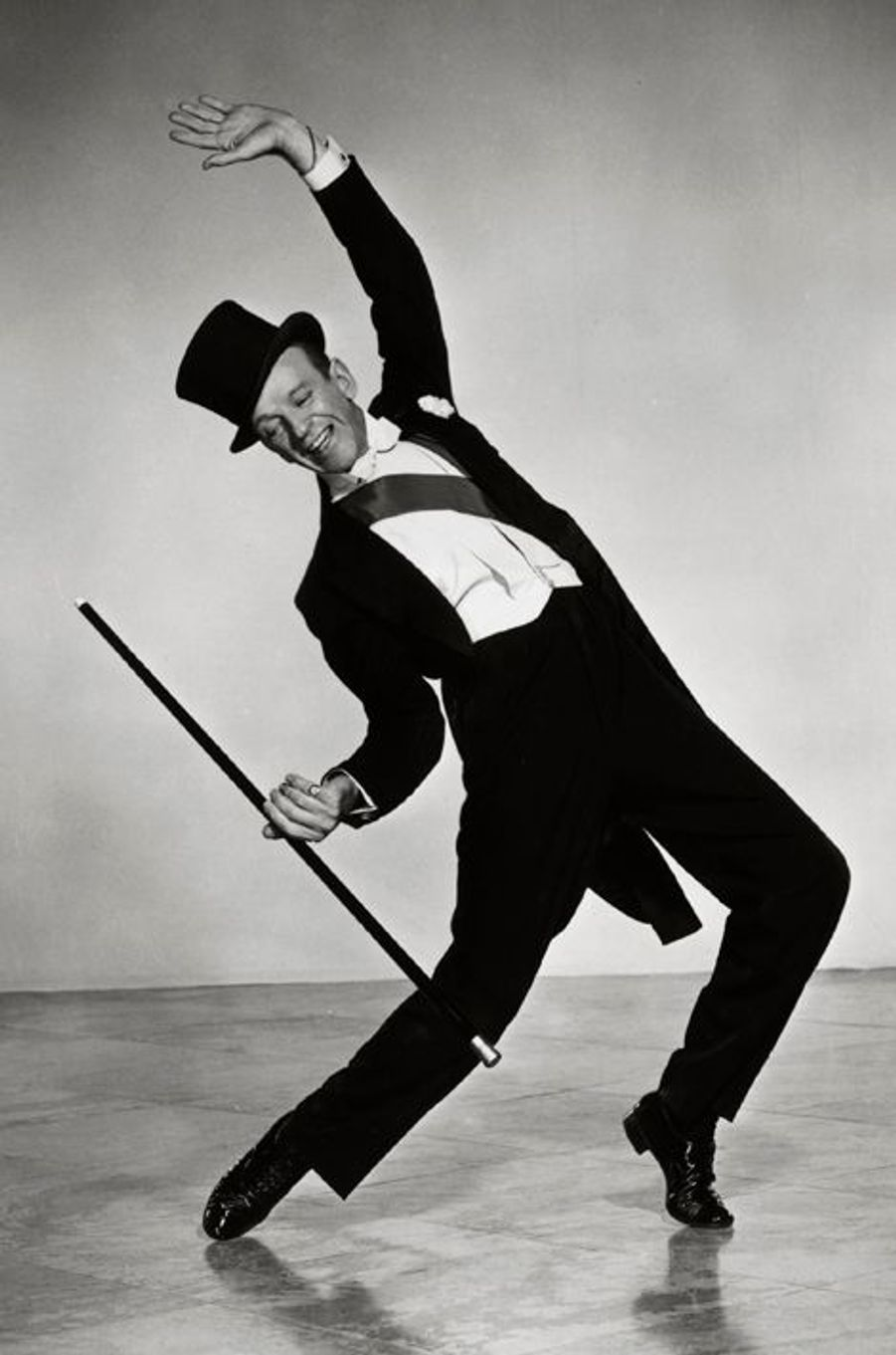 Fred Astaire et ses pieds évalués à 75 000 dollars chacun