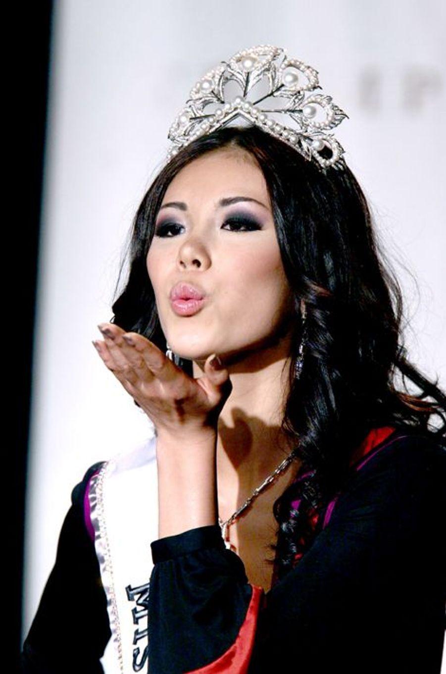 Riyo Mori, Miss Japon élue Miss Univers 2007