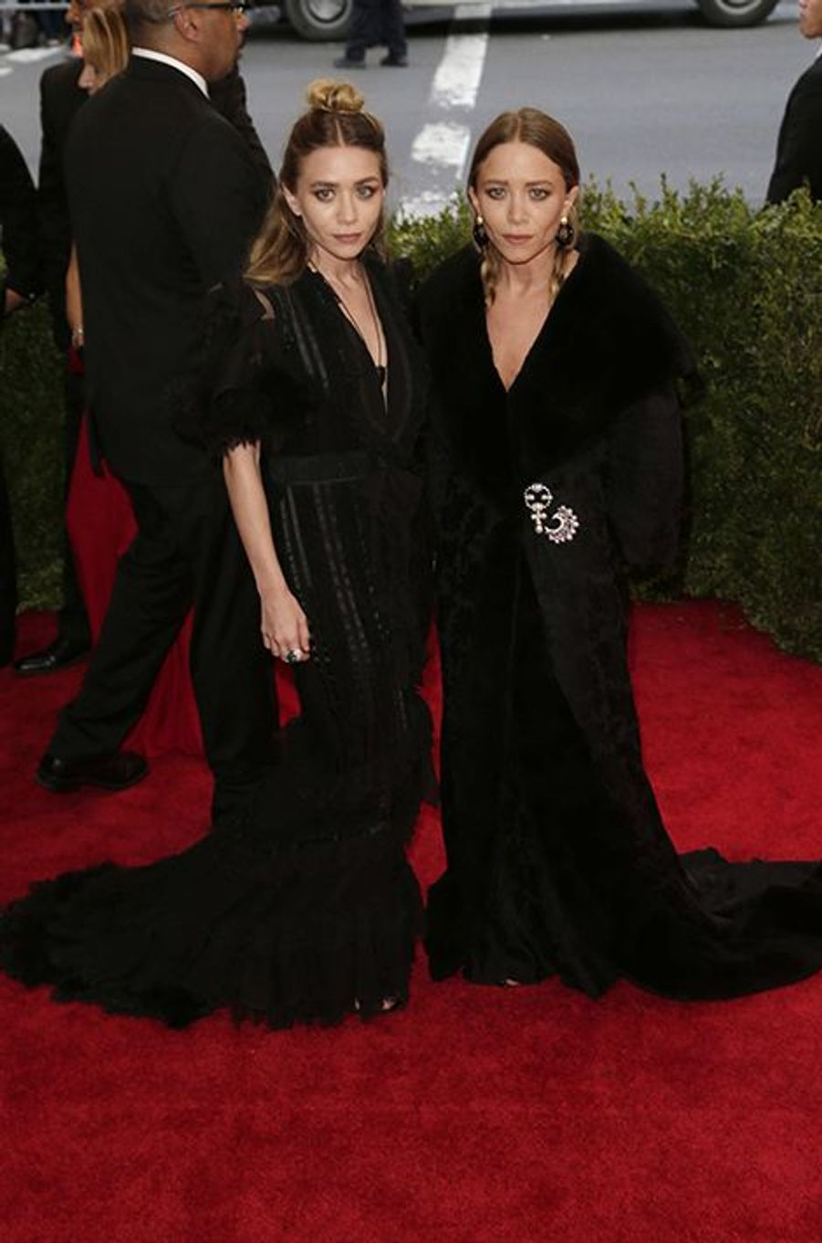 Ashley et Mary-Kate Olsen en Dior by John Galliano