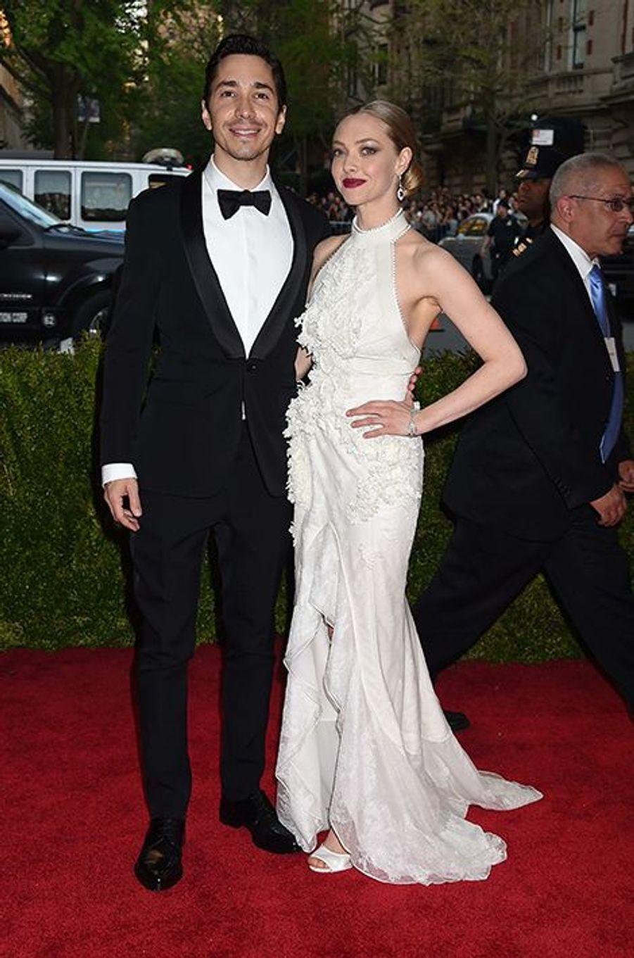 Justin Long et Amanda Seyfried en Givenchy