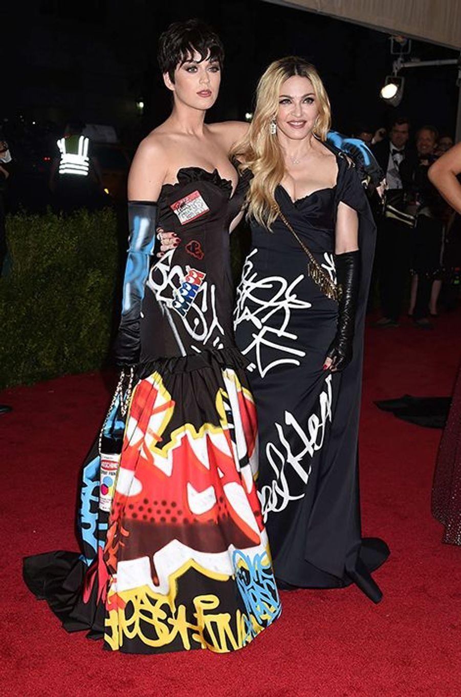 Katy Perry et Madonna en Moschino par Jeremy Scott