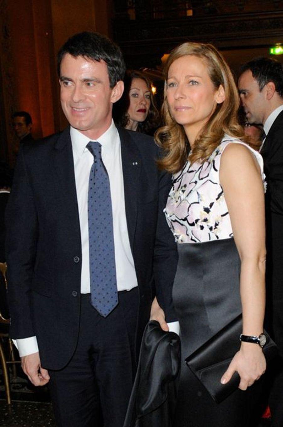 Manuel Valls et Anne Gravoin à Paris le 12 janvier 2014