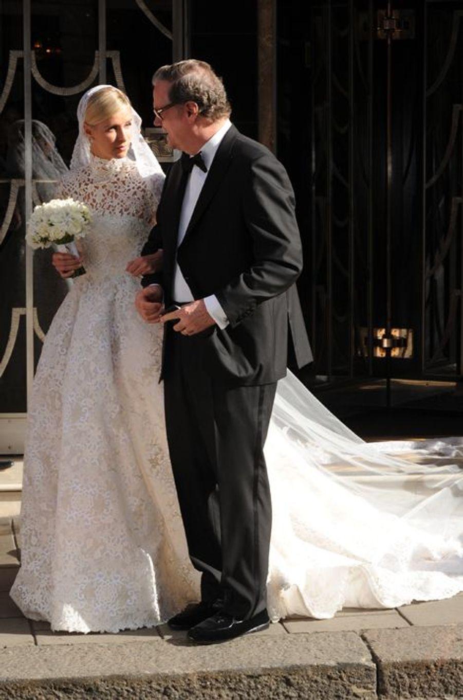 Nicky Hilton avec son père le jour de son mariage