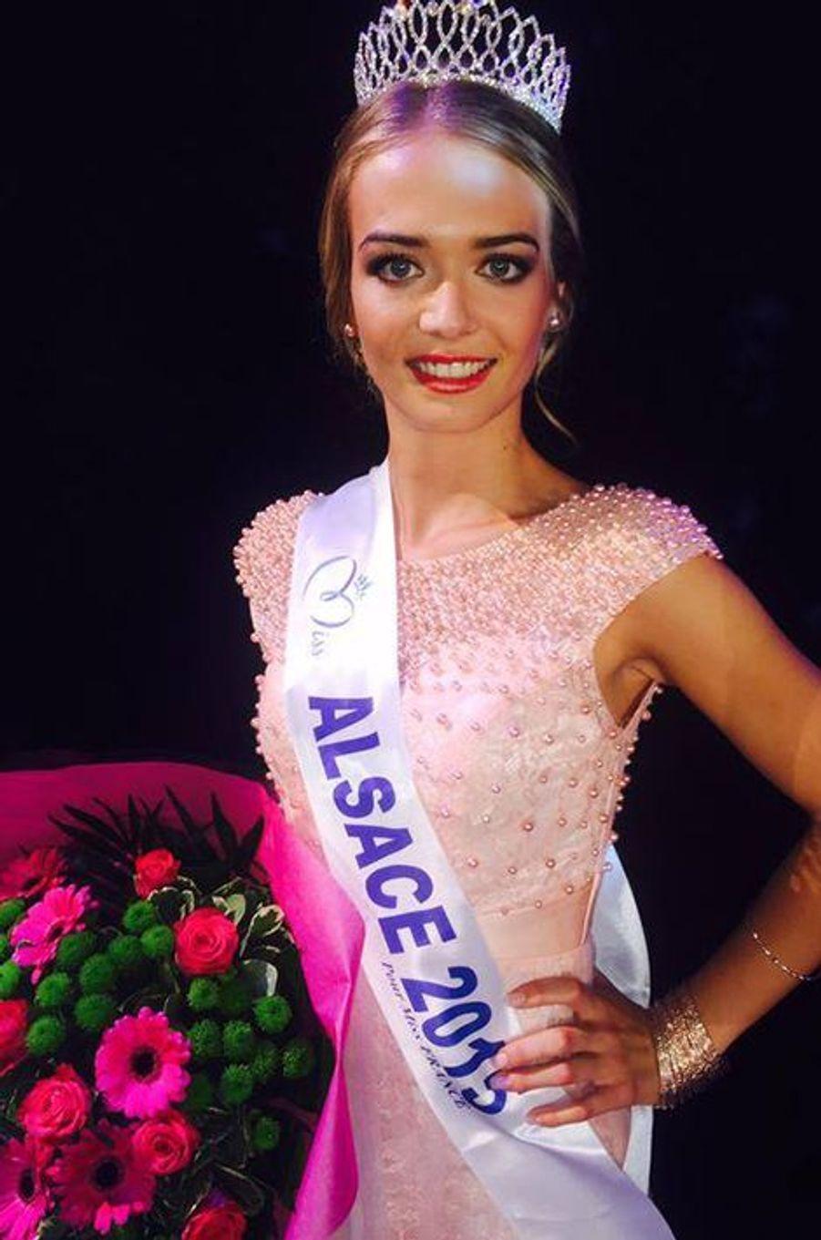 Miss Alsace - Laura Muller (19 ans - 1,71 m) - Étudiante en relations internationales