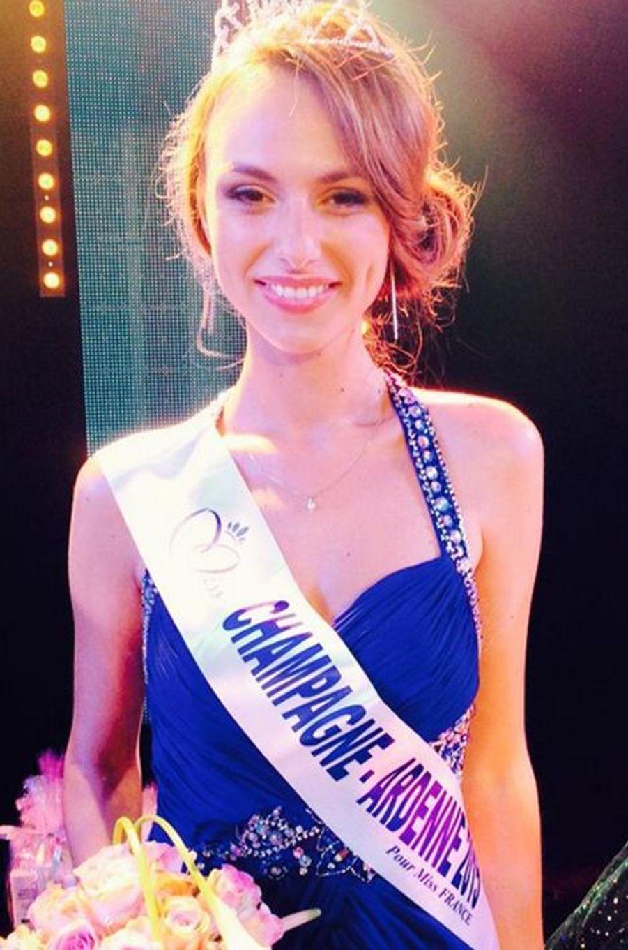 Miss Champagne Ardenne - Océane Pagenot (20 ans - 1,70 m) - Étudiante en gestion des entreprises et administrations