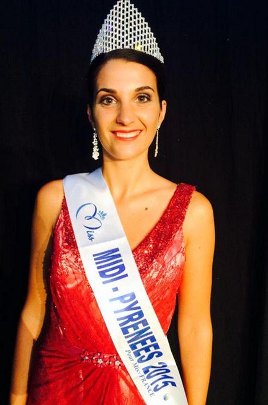 Miss Midi-Pyrénées - Emily Segouffin (23 ans - 1,74 m) - Étudiante en BTS négociation et relation client