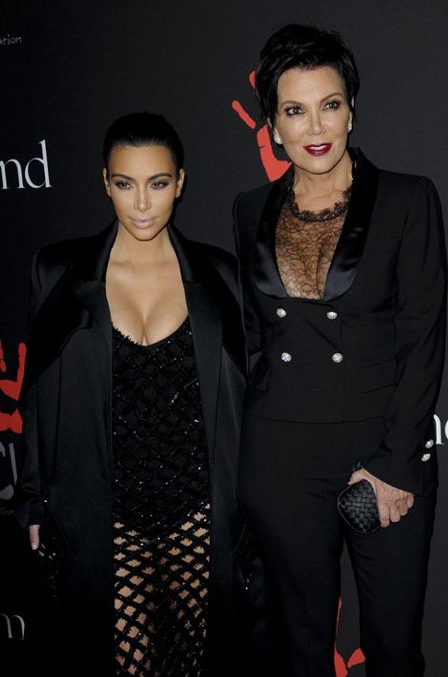 Kim Kardashian et Kris Jenner à Los Angeles le 11 décembre 2014