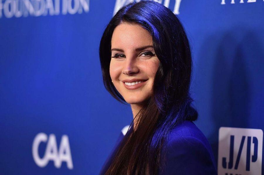 """Lana Del Rey au gala """"Help Haïti"""", le 9 janvier 2016"""