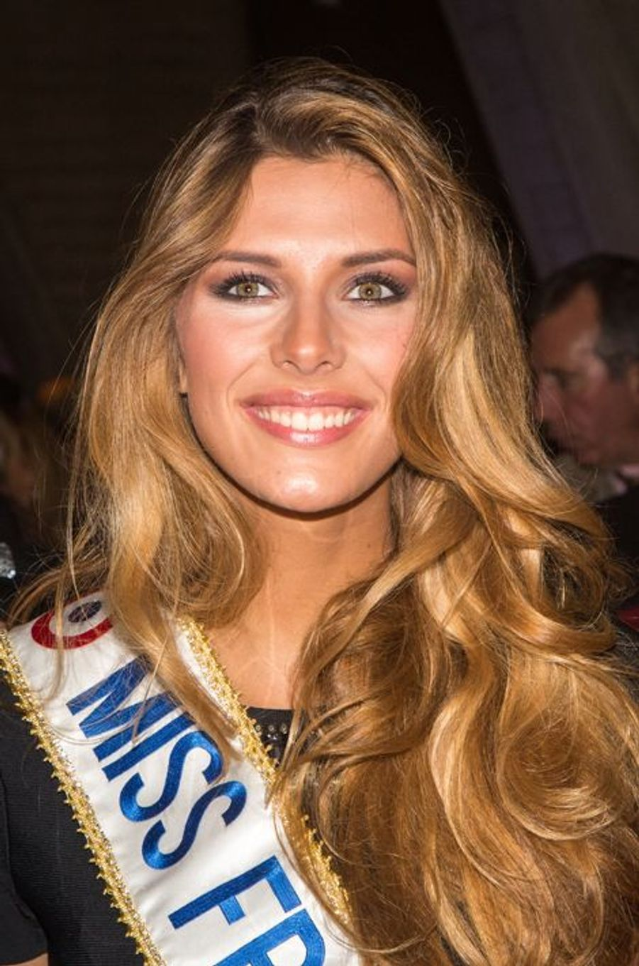 Camille Cerf, Miss France 2015, à Paris le 8 décembre 2014