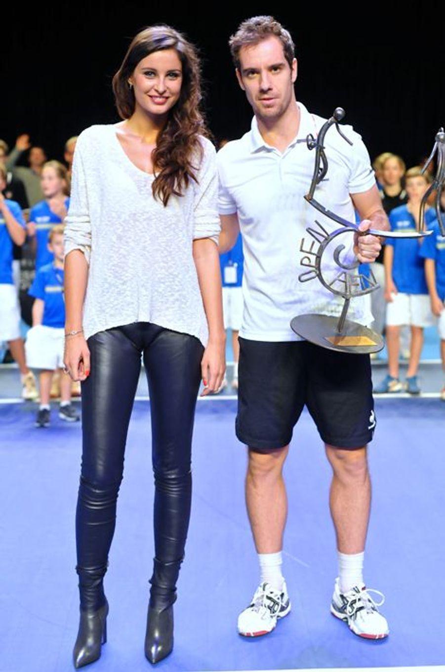 Malika Ménard aux côtés de Richard Gasquet a la Finale de l'Open de Caen en 2014.