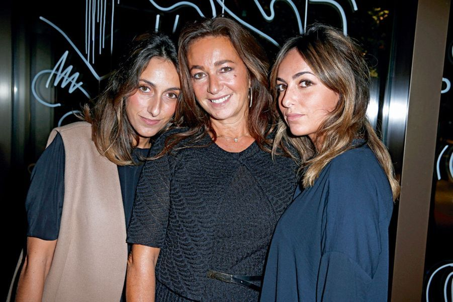 Inès, Katia et Julia Toledano.