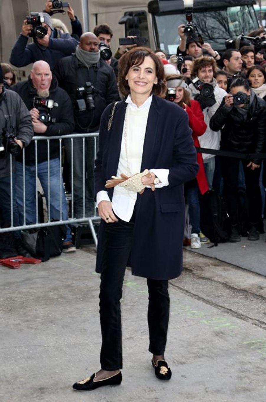 Inès de la Fressange au défilé Chanel Haute-Couture